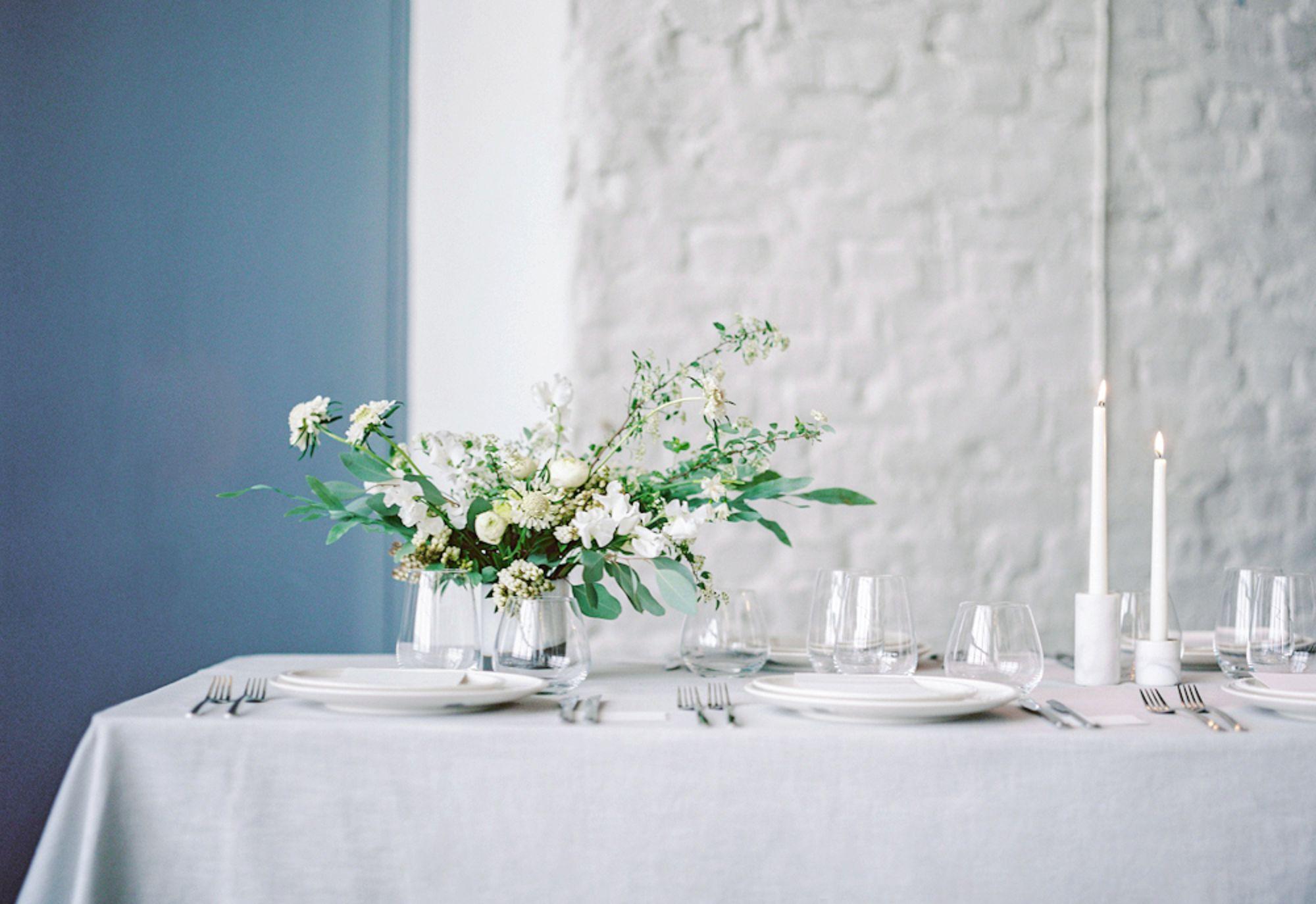 katja-scherle-festtagsfotografien_berlin-hamburg-filmweddingphotographer-hochzeitsfotograf-analog-minimalistic-wedding_0053