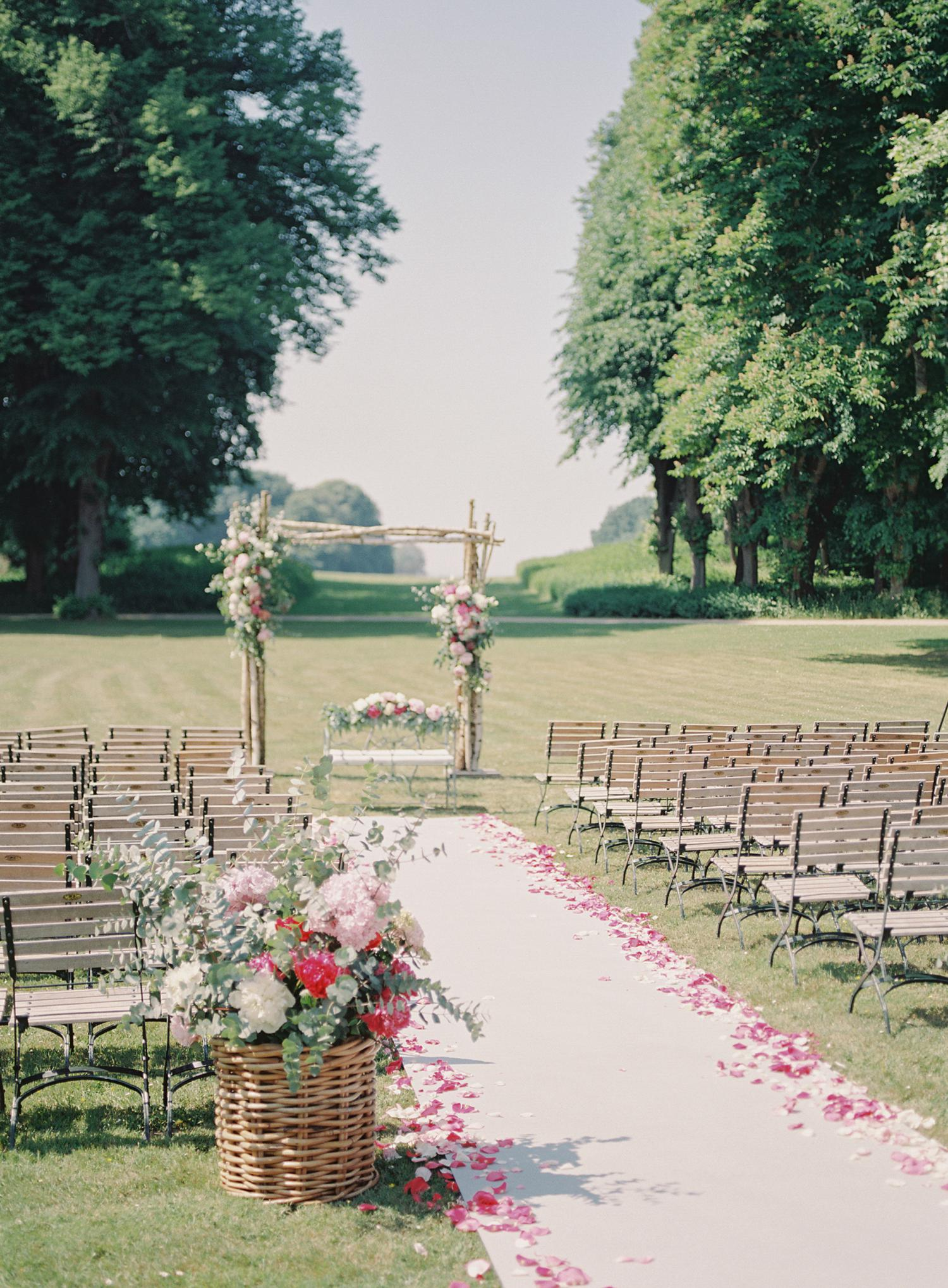 floral decoration Weissenhaus Hochzeit